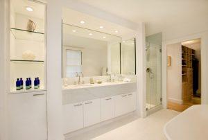 stylowe lustra pasujące do każdej łazienki