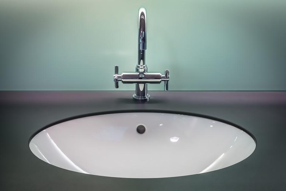 owalna umywalka podblatowa